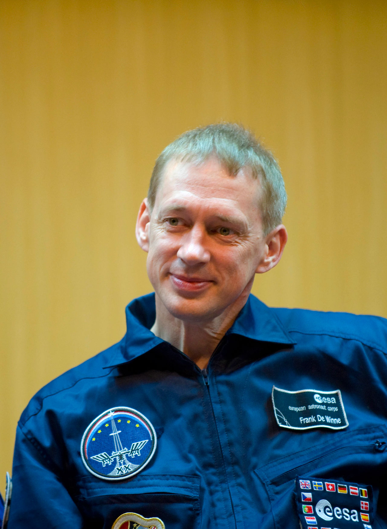ESA_astronaut_Frank_De_Winne_during_pre-launch_press_conference